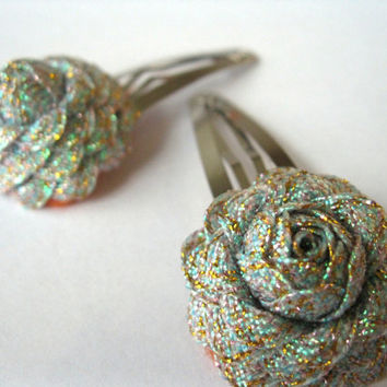 Flower Hair Accessories : Silver Glitter Roses Art Deco Rick Rack Flowers - Unique Handmade Hair Accessories - Set of 2 Snap Clips