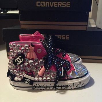 ICIKGQ8 she s a bossy girl custom bling converse