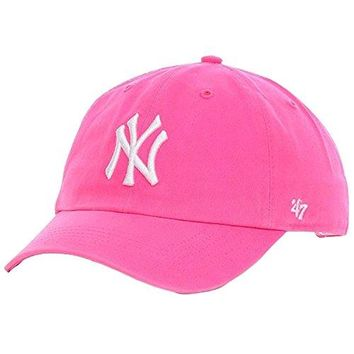 '47 Brand. New York Yankees Womens Clean Up Cap - Magenta