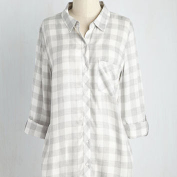 About the Orchard Top in Stone | Mod Retro Vintage Short Sleeve Shirts | ModCloth.com