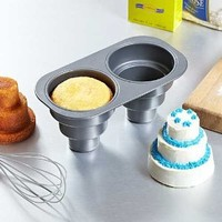 Amazon.com: 2 Cavity Three Tier Cake Pan: Kitchen & Dining