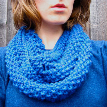 Infinity Loop Scarf Cowl Knitted Blue Neckwarmer by GretaHoneycutt