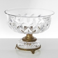 BEAUTIFUL UNIQUE DECORATIVE CRYSTAL BOWL WITH METAL STAND