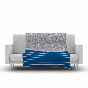 "Trebam ""Odvojen"" Blue Abstract Fleece Throw Blanket"