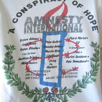 Rare 1980s Amnesty Int'l T-Shirt; Conspiracy of Hope Benefit Tour w/ Peter Gabriel/Sting/Stanley Jordan/Santana; Men's XS-Women's Small