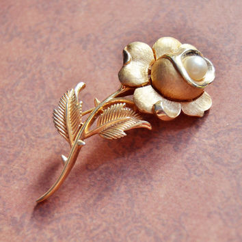 Vintage Trifari, Gold Tone Flower Rose Brooch Pin, Faux Pearl, Womens Estate Nature Jewelry, Wife Girlfriend Mom Sister Daughter Friend Gift