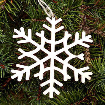 Snowflake Christmas Ornament Wood Christmas Tree Ornament Christmas Gift Tags Decorations Wood Snowflake Rustic Christmas Tree Ornament