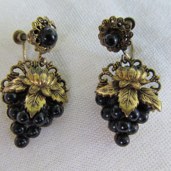 1940s-50s Glass Grape Earrings