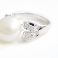South Sea Pearl and Diamond Ring, 11 1/2 mm  Pearl, 18kt White Gold, Cocktail Ring, Engagement Ring, NOS