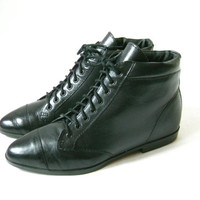 Vintage 80s Black Leather Lace Up Ankle Boots. Size 6 1/2
