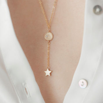 Gold Disc and Star Lariat Necklace, 16k gold Lariat, 14k gold filled chain, Round Cubic Zirconia Lariat, Minimalist Lariat,Star Lariat