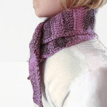 CLEARANCE SALE!! Ladies Scarflette, Scarf, Collar, Neckwarmer Crocheted in Pink & Amethyst. Fashion Accessories, Winter Warmers.