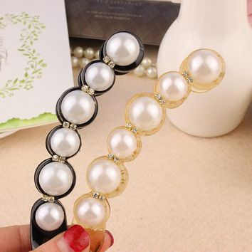 Hot Selling Korea Temperament Pearl Banana Clip Super Sweet Flavor Hairclip Style Jewelry 2016 Women Charming Hairband Kids New