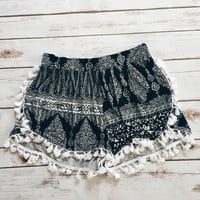 In The Desert Tassle Tribal Print Shorts