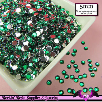 5mm 200 pcs EMERALD GREEN RHINESTONES Flatback  / Decoden Crystal Phone Deco