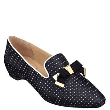 Isaac Mizrahi New York French 2 Fabric Flats