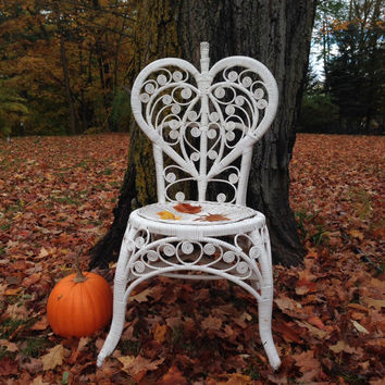 Vintage Wicker chair, white, heart, distressed, antique, accent, cottage chic, shabby, French, home decor, chalk paint