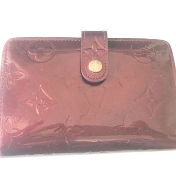 Authentic Louis Vuitton LV Red Leather Vernis wallet two fold with coin slot