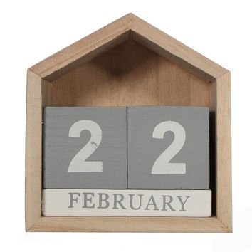 Vintage Design House Shape Perpetual Calendar Wood Desk Wooden Block Home Office Decor