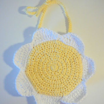 Daisy Bib PDF Crochet Pattern INSTANT DOWNLOAD