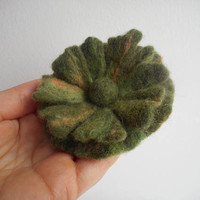 Felt brooch,felt flower brooch,felt flower,accessory,felt poppy brooch,green olive flower brooch,felt brooch flower,olive jewelry,hat flower