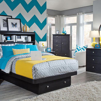 Sterling Pointe Platform Bed