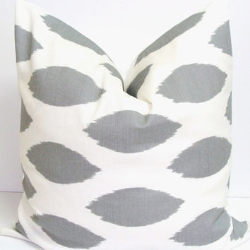 GRAY PILLOW SALE.16x16 inch.Pillow Cover.Printed Fabric Front and Back.Spotted Pillow.Ikat Pillow.Cushion.Pillow
