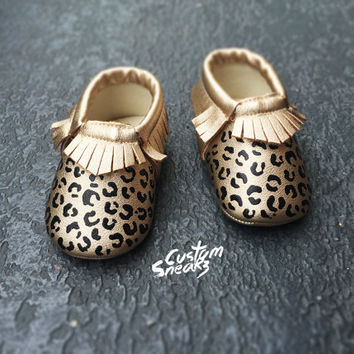 baby moccasins, Custom gold cheetah print mocassins, baby girl shoes, baby moccasins with hand painted cheetah design, FREE SHIPPING!