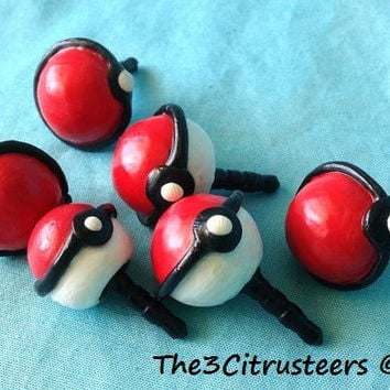 Awesome Handmade Polymer Clay Pokeball Phone Dust Plug for Pokemon fans!