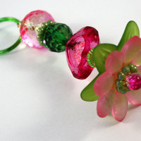 Pastel Pink and Green Flowered Key Ring, Beaded Heart, Princess Wand, Lucite, Kawaii, Easter Spring Holder