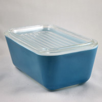 Vintage Glassware-Pyrex-Refrigerator Dish-Primary Colors-Blue-1.5 pint-1945-(1)