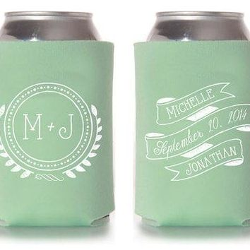 Custom Wedding Koozie   Vintage Monogram