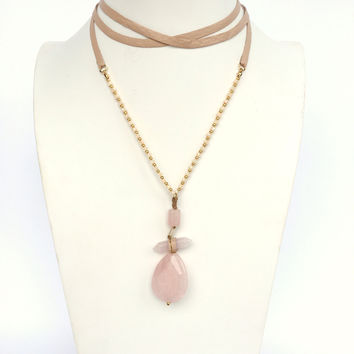 Queen Of Stone Wrap Necklace In Pink And Tan