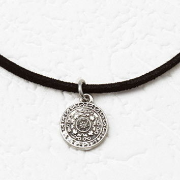 Etched Pendant Choker