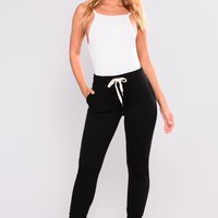 Easy As Can Be Basic Joggers - Black