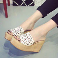 Womens Fashionable Slip-On Wedge Platform Sandals