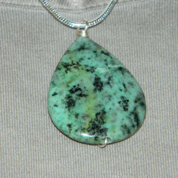 65ct. Green & Black Stone, Semi Precious, Agate, Pendant, Necklace, Teardrop, Natural Stone, 150-15