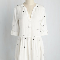 To Make a Long Starry Short Tunic | Mod Retro Vintage Short Sleeve Shirts | ModCloth.com