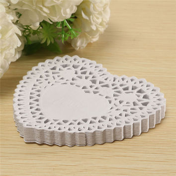 100pcs set 4 Inches Lace Paper White Heart shaped Lace Paper Doilies Out Pad for Home Paper Crafts Decoration 10.3x9.7cm