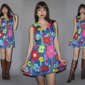 Vintage 60s GROOVY MINI DRESS / Oversized Floral Print / Neon Hawaiian, Bold Bright / Barkcloth Micro Mini / Mod, Boho / Empire Waist / M L
