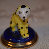 Miniature Porcelain Dog Figurine Vintage Hand Painted Sitting Dalmatian Puppy Figurine Cute Tiny Porcelain Puppy Dog with Spots
