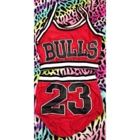 Bulls set from Tag Addict
