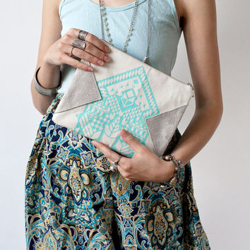 Geometrical Illusion Printed  Leather Pouch Aqua  No. ZPS-101