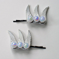 Eternal Sailor Moon Winged Pearl Hair Pins