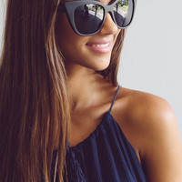 Quay Eyeware - Isabell Sunglasses - Black