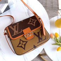 Free shipping-LV classic old flower retro small square bag shoulder bag