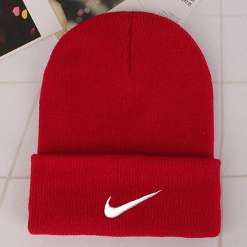 Nike Fashion Edgy Winter Beanies Knit Hat Cap-2