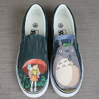 Totoro shoes. Totoro in the rain. Hand painted shoes. Anime Totoro shoes. Anime totoro shoes. Painted shoes. Painted vans. painted sneakers
