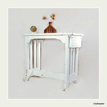 Vintage Piano Bench - Mission Style - White Wood Side Table - Chippy Paint - Cottage Chic - Entryway Bench