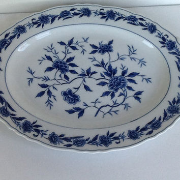 Vintage Japanese blue and white porcelain serving plate, Blue Chatham design. Vintage blue and white porcelain serving platter Blue Chatham.